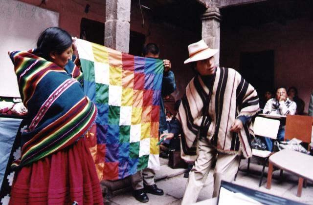 Historia del Per 73 Espaoles Estructuras culturales